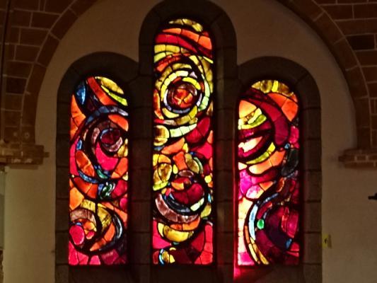 Vitrail de l'église du Bono
